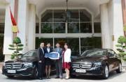 Mercedes-Benz bàn giao bộ đôi E 250 thế hệ mới cho khách sạn Rex
