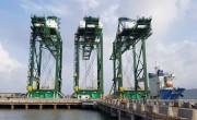 3 cẩu bốc dỡ hàng hóa container của Doosan Vina đã đến Ấn Độ