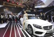 Mercedes-Benz Việt Nam giới thiệu C-Class mới tại Triển lãm Ôtô Việt Nam 2017