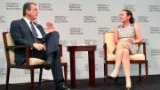 Thương mại - phương tiện hỗ trợ hòa bình và phát triển thịnh vượng