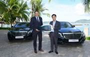 Mercedes-Benz Việt Nam bàn giao 2 xe S-Class cho Vinpearl Nha Trang