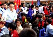 Vinamilk mang Chương trình Sữa học đường đến với trẻ em Đắk Nông