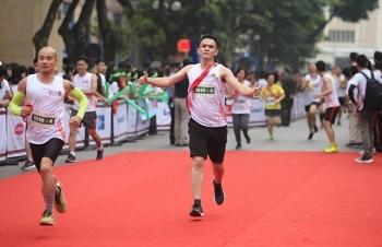 giai chay tiep suc vietnam kizuna ekiden 2018