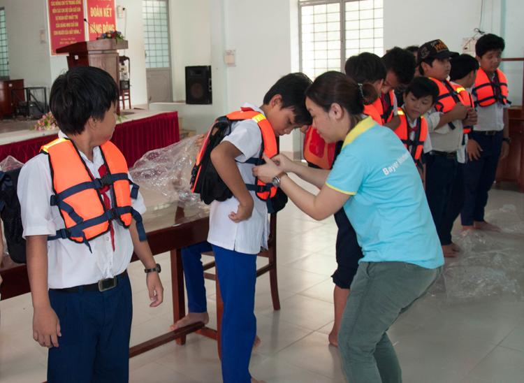 Nhân viên Bayer Việt Nam: Góp phần nâng cao chất lượng cuộc sống cộng đồng