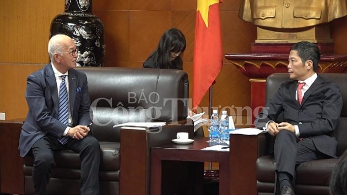 doanh nghiep nhat ban mong muon xay dung nha may det tai viet nam