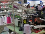 """DN dệt may """"bàn"""" giải pháp thúc đẩy công nghiệp hỗ trợ"""
