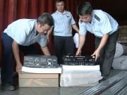Cảng Đà Nẵng: Phát hiện lô hàng nhiều nghi vấn