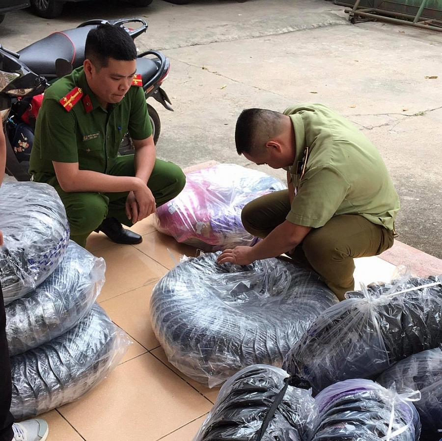 Hòa Bình: Chặn đứng 700 mũ bảo hiểm không đảm bảo chất lượng