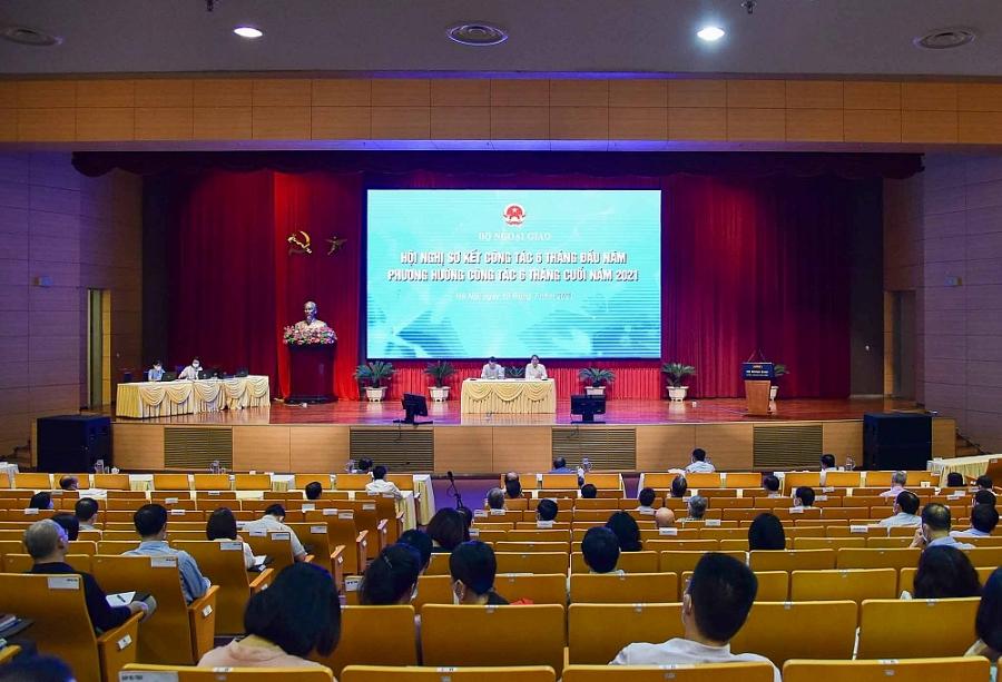 Triển khai đồng bộ ngoại giao song phương, đa phương và hội nhập kinh tế quốc tế