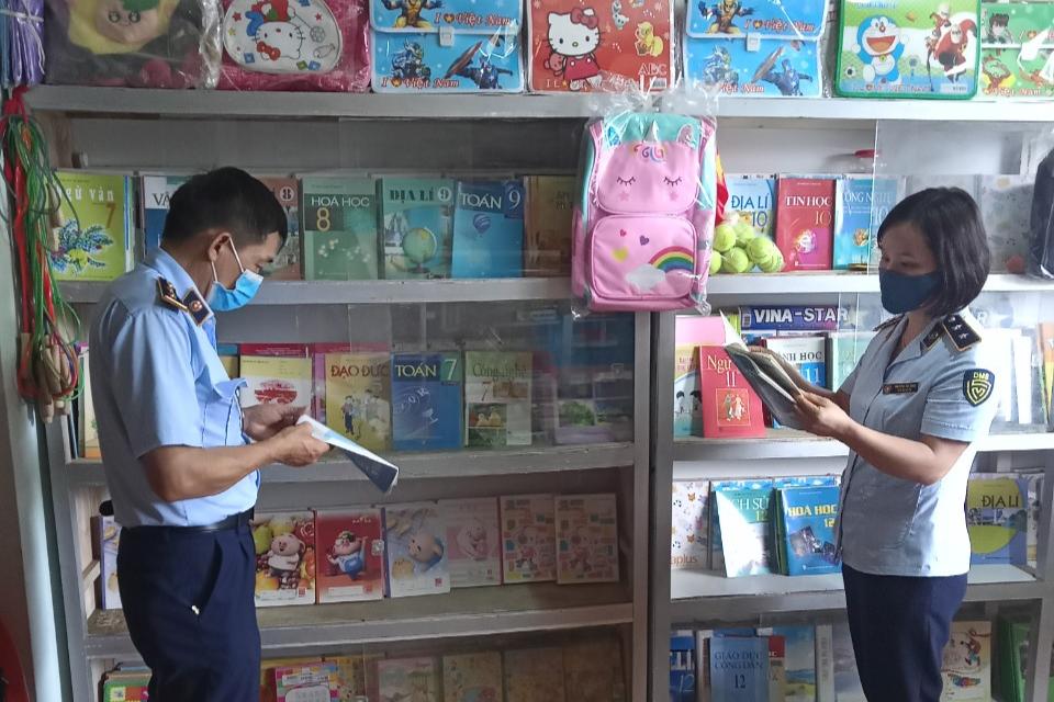 Sơn La: Phát hiện số lượng lớn sách có dấu hiệu giả mạo nhãn Nhà xuất bản Giáo dục Việt Nam