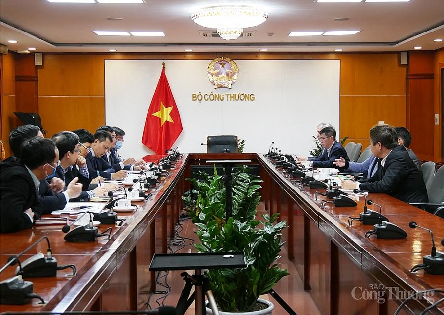 Việt Nam cần đi trước trong lĩnh vực năng lượng tái tạo