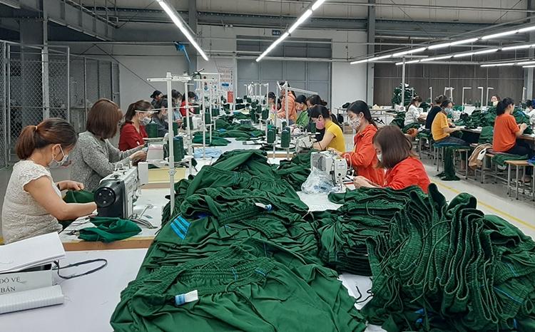 Tin Kinh tế: Gần 15.000 lao động Sơn La được giải quyết việc làm trong 9 tháng
