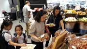 Vải thiều Việt Nam thu hút người tiêu dùng Thái