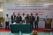 TMV tặng xe và thiết bị kỹ thuật cho các trường đại học, cao đẳng
