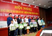 """Quỹ Toyota Việt Nam trao học bổng """"Vòng tay nhân ái"""""""