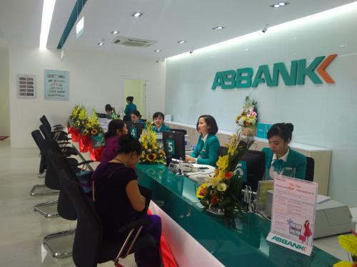 Lợi nhuận trước thuế của ABBANK đạt 365 tỷ đồng