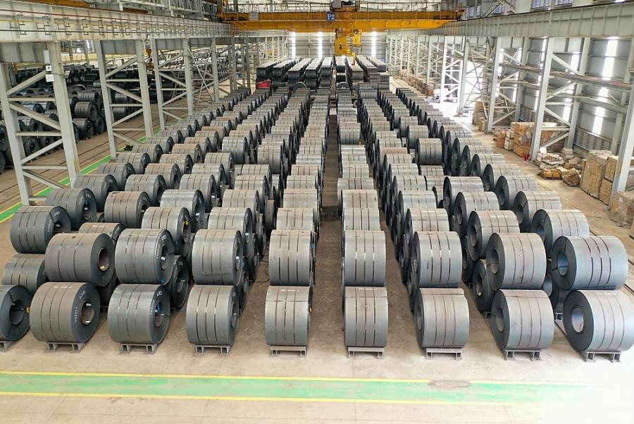 Sản lượng bán hàng các loại thép của Hòa Phát lần đầu tiên đạt trên 1 triệu tấn/tháng