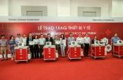 Quỹ Toyota Việt Nam trao tặng xe đẩy cấp cứu cho các bệnh viện của tỉnh Lai Châu