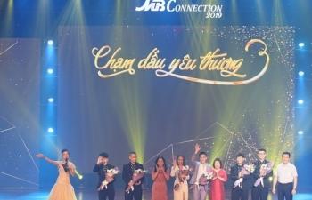 mb da nang to chuc live concert cham dau yeu thuong tri an khach hang