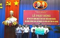 vietcombank tai tro 3 ty dong xay dung 50 can nha cho do i tuo ng chinh sach tinh ha giang