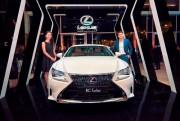 Lexus đồng hành cùng Tuần lễ thời trang quốc tế Việt Nam thu đông 2016