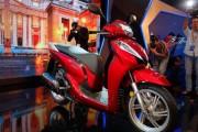 Xe SH300i nhập khẩu chính hãng về Việt Nam giá 248 triệu đồng