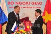 Phó Thủ tướng Phạm Bình Minh hội đàm với Ngoại trưởng Nga Sergei Lavrov
