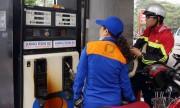 Xăng dầu đồng loạt tăng giá từ 15h00