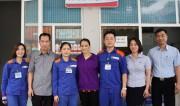 Nhân viên Petrolimex Lào Cai trả lại 50 triệu đồng khách hàng đánh rơi