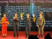 SeABank lần thứ 6 được nhận Giải thưởng Thương mại dịch vụ Việt Nam 2016