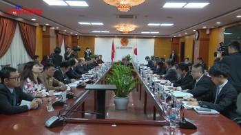 Bộ trưởng Trần Tuấn Anh làm việc với Bộ trưởng phụ trách tái thiết kinh tế Nhật Bản Toshimitsu Motegi