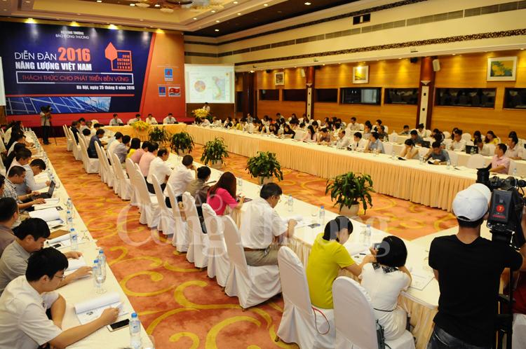 Diễn đàn Năng lượng Việt Nam 2016: Thách thức cho phát triển bền vững