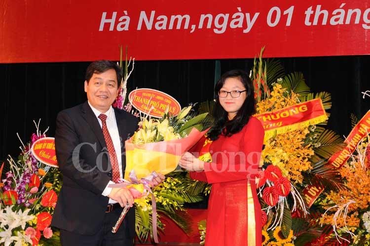 Thầy và trò Đại học Công nghiệp Hà Nội hân hoan bước vào năm học mới
