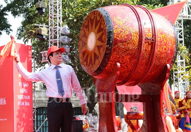 Khai mạc Chương trình nhận diện hàng Việt Nam 2016