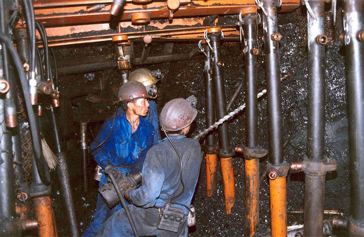 Nhiều hoạt động hướng về ngày truyền thống ngành than
