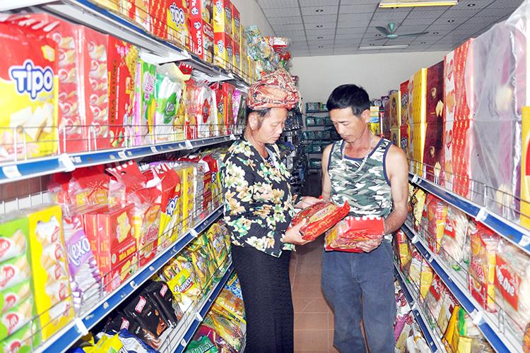 Điểm bán hàng Việt Nam cố định – Điểm sáng Sơn La