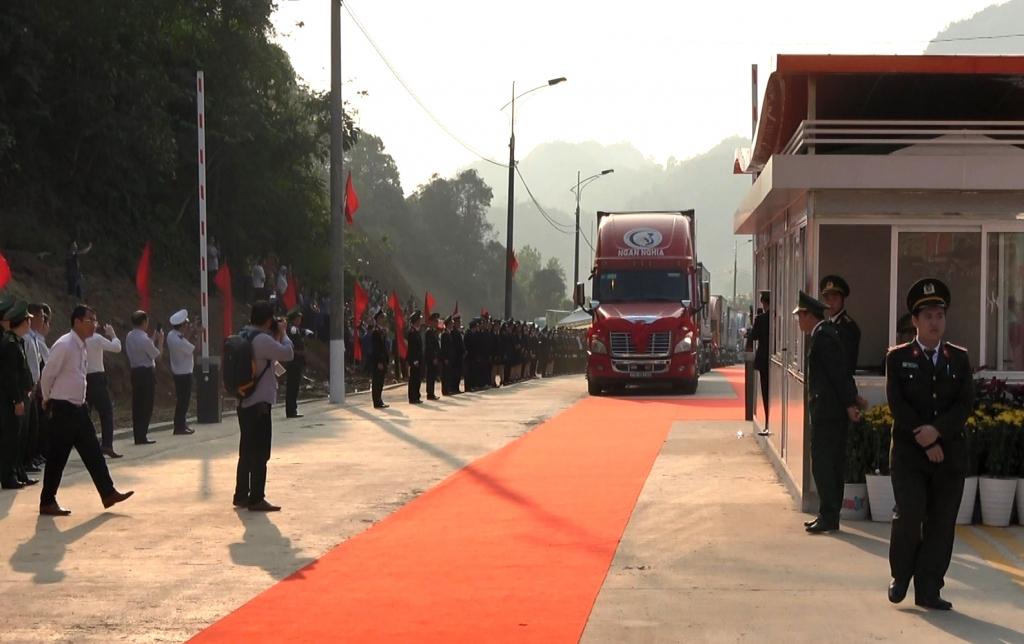 Khai thông ách tắc hàng hóa xuất nhập khẩu qua Lạng Sơn