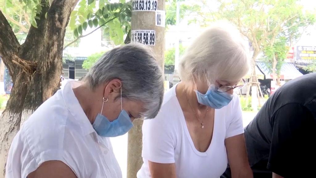 Đà Nẵng: Thực hiện tốt việc đeo khẩu trang nơi công cộng