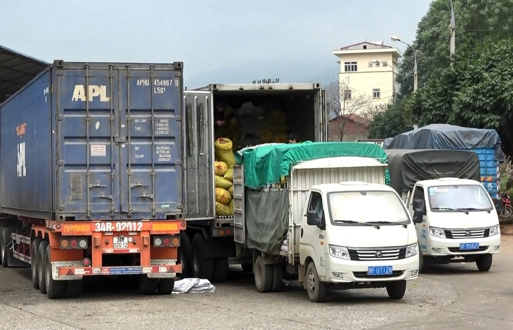 Tháo gỡ khó khăn xuất khẩu hàng hóa qua Lạng Sơn