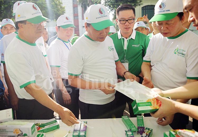 Thủ tướng Chính phủ phát động phong trào toàn quốc chống rác thải nhựa