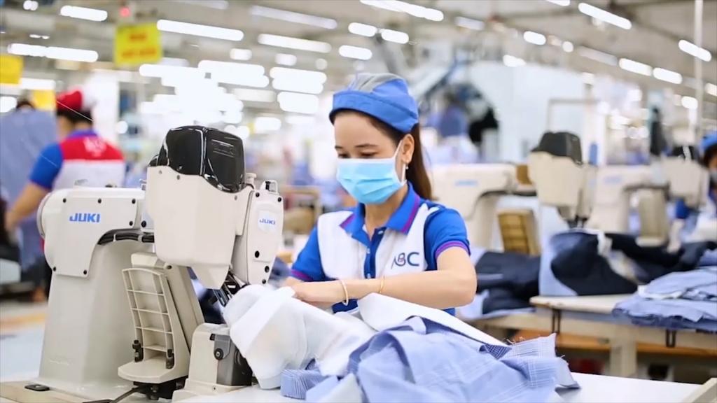 Nỗi lo nguồn nhân lực cao khi ngành dệt may đổi mới công nghệ sản xuất