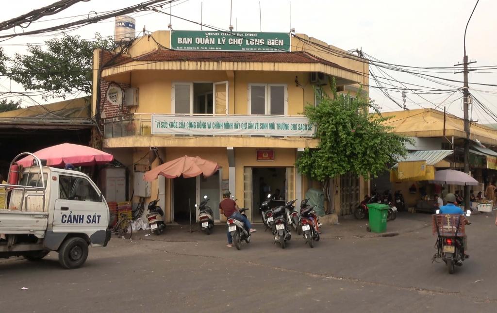Chấn chỉnh hoạt động Chợ Long Biên