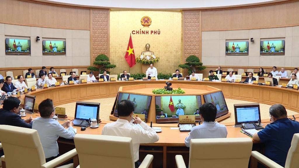 Phiên họp Chính phủ thường kỳ tháng 10: Nền tảng cho phát triển bền vững
