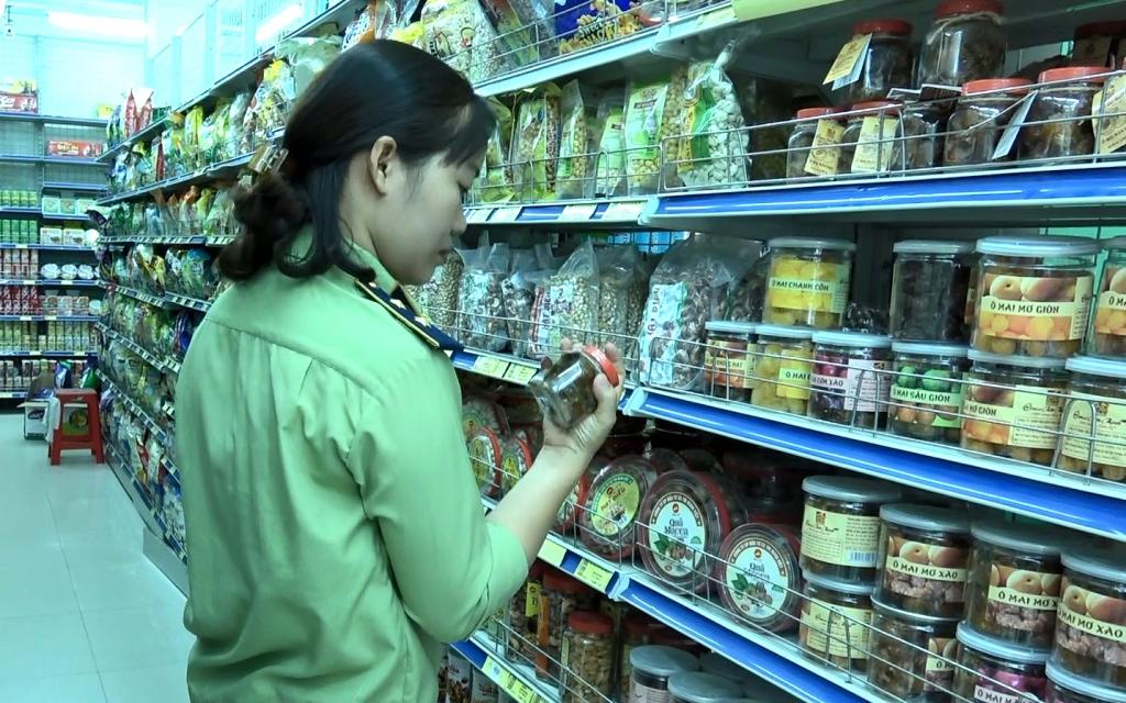 Quản lý thị trường Lào Cai giữ ổn định thị trường thông suốt