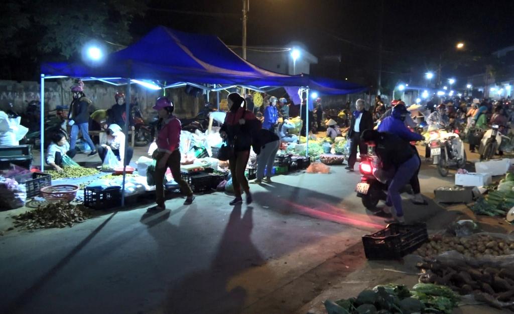 Lào Cai cần vận hành Chợ đêm Kim Tân ổn định, hiệu quả