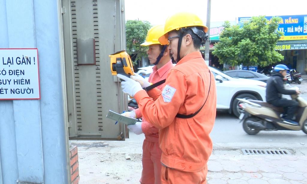 Hà Nội tăng cường đảm bảo an toàn điện dịp cuối năm