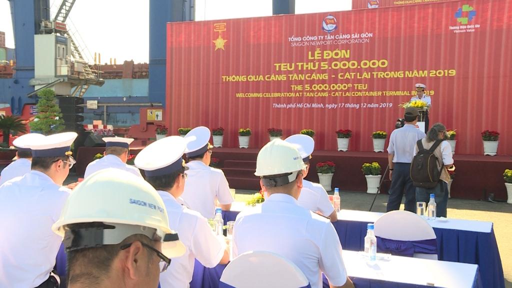 Tân cảng Cát Lái đón teu hàng thứ 5 triệu